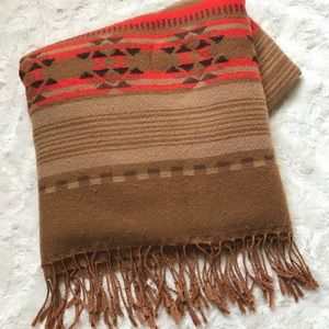 Huge scarf with aztec and neon details